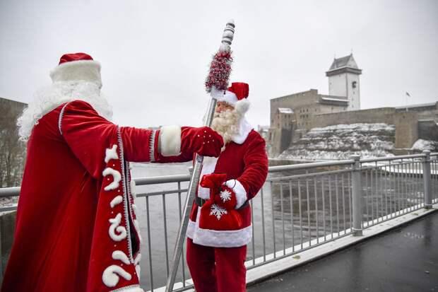 В Госдуме предложили противникам Деда Мороза на Украине познакомиться с плохим Сантой