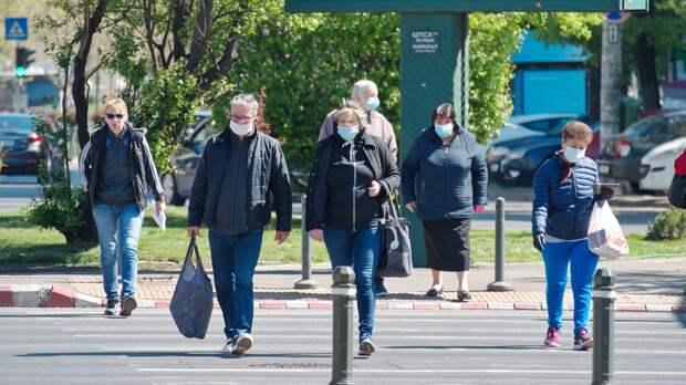 В России за сутки выявили 8704 заражённых COVID-19