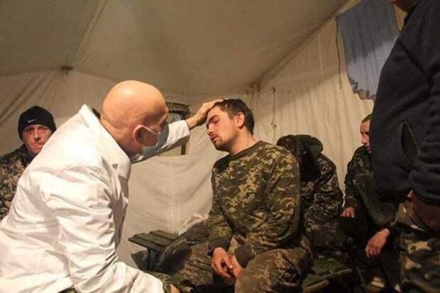 Свыше 50 солдат ВСУ попали в госпиталь после прививки от коронавируса