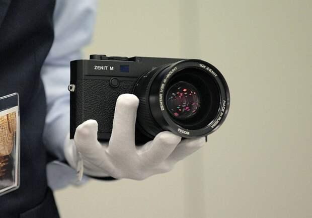 Обновленные фотоаппараты «Зенит» начали продавать в России