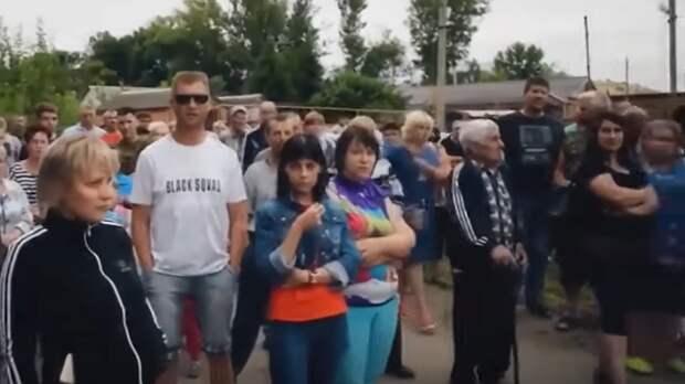 Цыгане лютуют и делают что хотят: После возвращения соседей в Чемодановке поселился страх