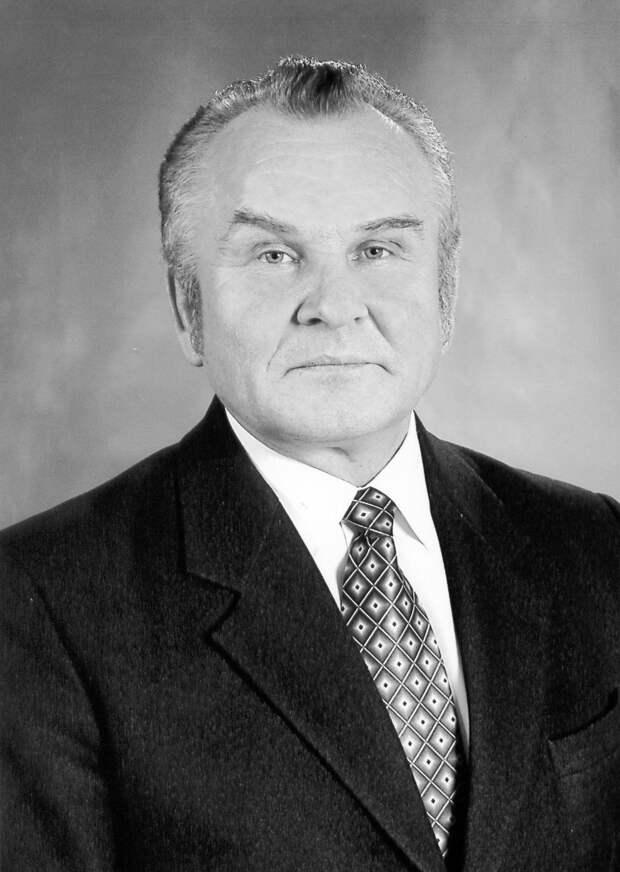 В Удмуртии скончался бывший министр культуры республики Аверьян Христофоров