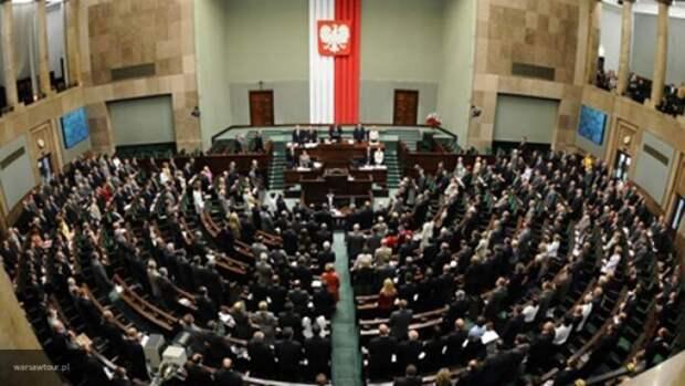 Польша переняла ошибки Украины: Варшава договорилась с Россией по газу