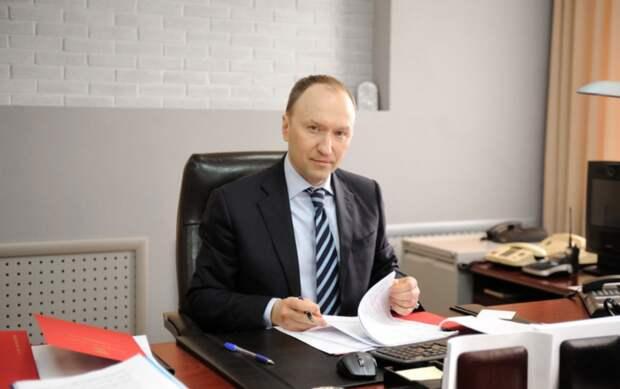 Бочкарев: Строительство причала и спусков к воде ведется на набережной Марка Шагала на юге Москвы