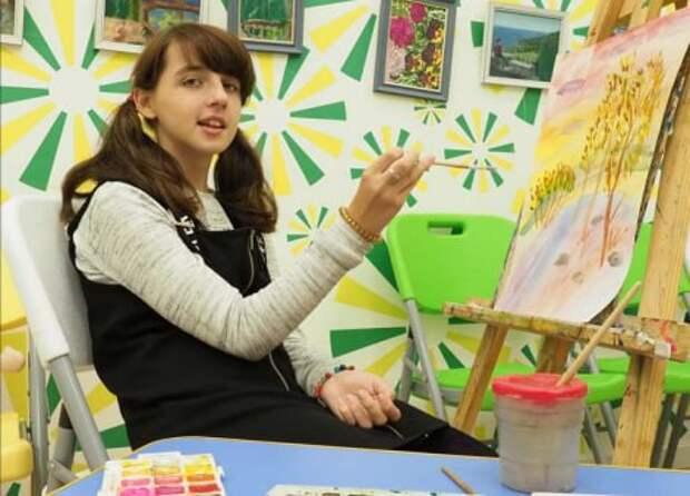 На улице Маршала Василевского открылась бесплатная студия рисования