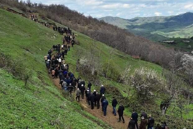 Россия безвозмездно передала Армении 10 млн евро для помощи переселенцам из Карабаха