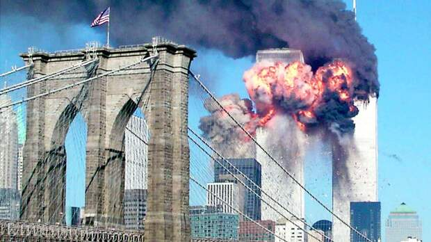 «Франция ударила в спину США»: теракт 11 сентября повесили на ЦРУ