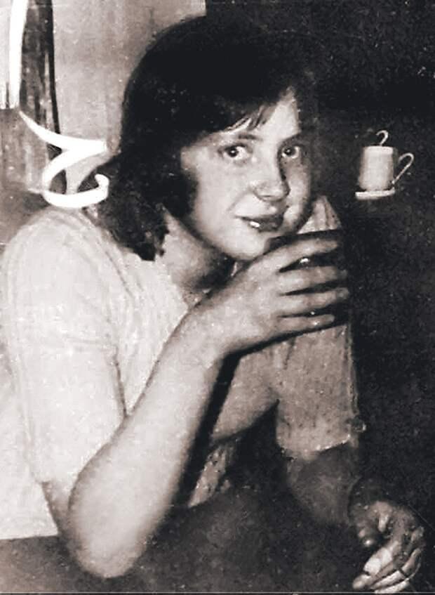 Когда Ангела Меркель жила в ГДР, она трижды побеждала на олимпиадах по русскому языку. Фото: СОЦСЕТИ
