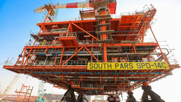 Иран закачивает газ сновой морской буровой платформы наЮжном Парсе