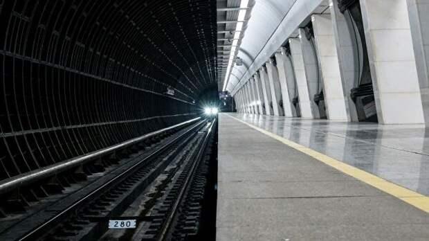 После падения ребёнка на рельсы машинист метро обратился к россиянам