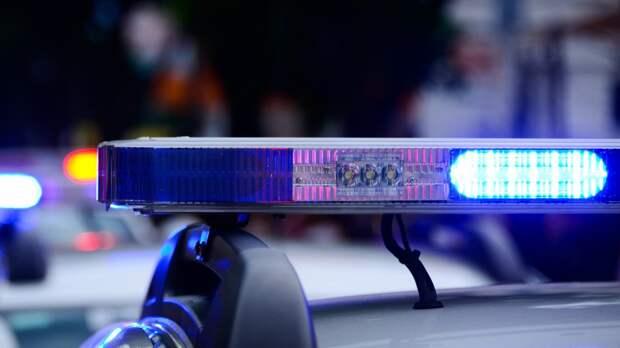 Полицейские Иркутска на ночном дежурстве помогли роженице быстрее попасть в больницу