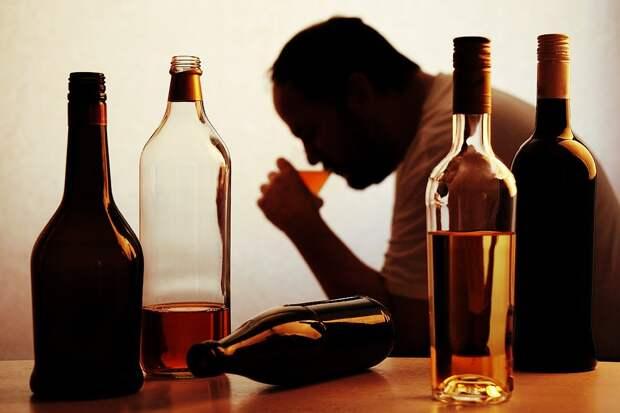 Русский форвард— ожизни вБелоруссии: «Здесь очень много пьют. Заводкой уже вобед очередь стоит»