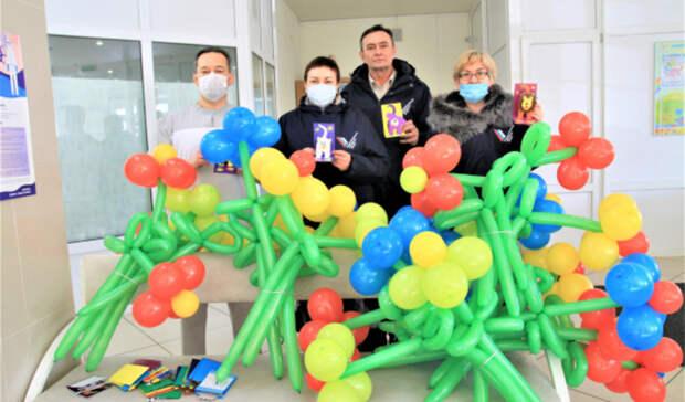 Активисты ОНФ поддержали маленьких пациентов онкоцентра в Оренбурге