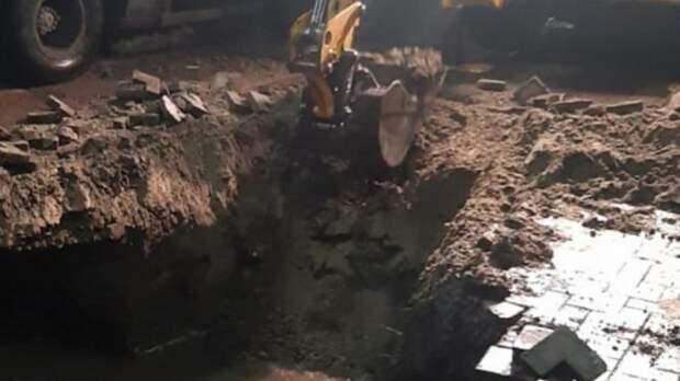 Центр Ростова остался без воды из-за коммунальной аварии
