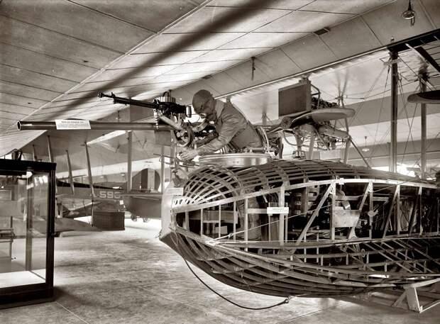 Самолеты и пилоты начала 20-го века на снимках американских фотографов (19)