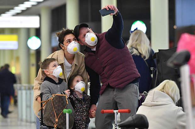 Иностранцам продлят срок пребывания в России из-за коронавируса