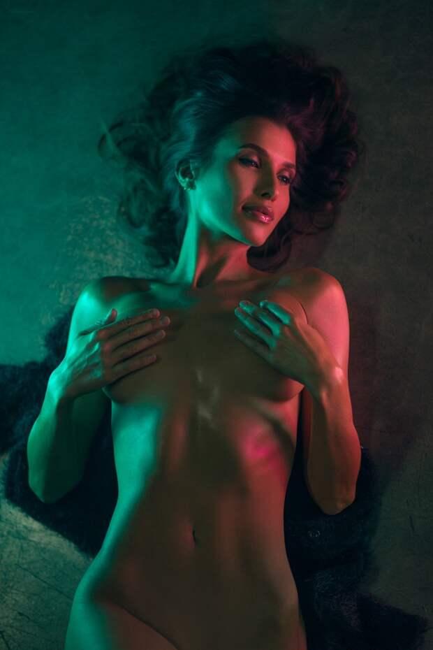 Чувственные снимки девушек от Сары Орбаник