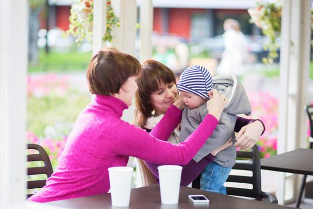 9 причин, по которым бабушки не должны воспитывать ваших детей