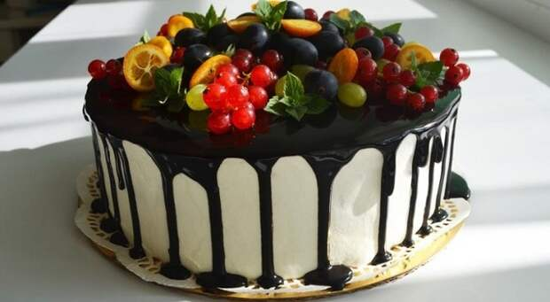 Фото к рецепту: Мой любимый торт  фантазия