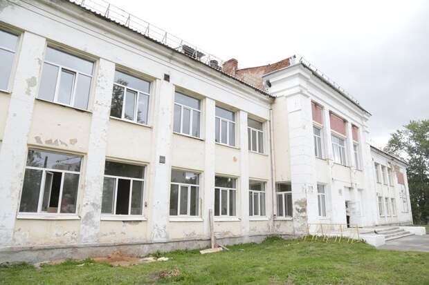 Ремонт в Школе юных летчиков в Ижевске завершат осенью