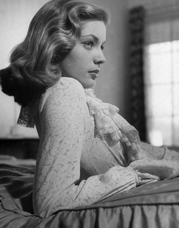 Лорен Бэколл, 1940-е (Picele)