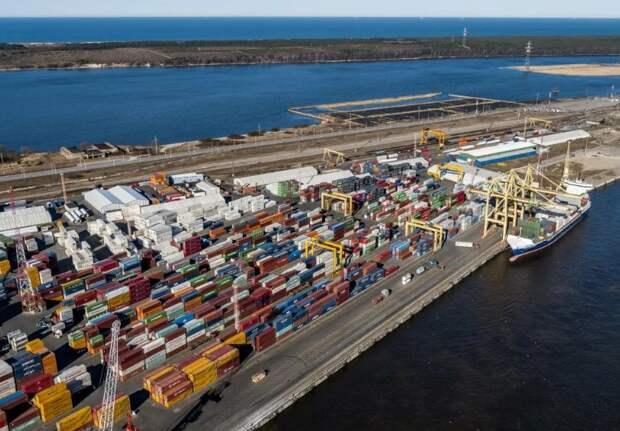 Контейнерный терминал в порту Клайпеда (Литва) скоро основательно опустеет и вряд ли Тайвань сможет обеспечить соразмерное количество грузов (фото из открытых источников)
