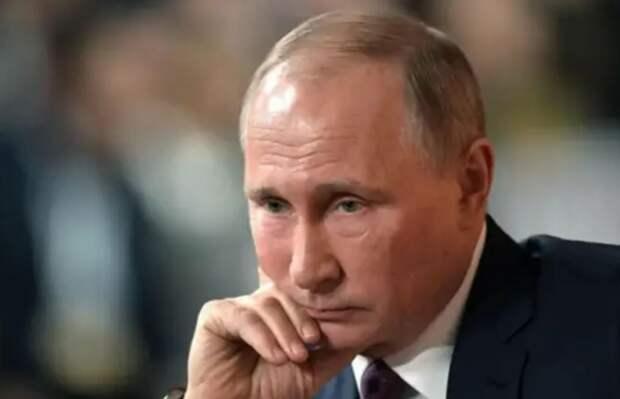 Злой Путин, похоже, опять обидел либеральную общественность