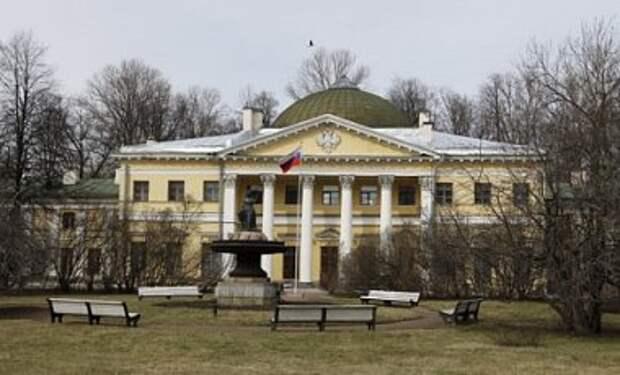 В Санкт-Петербург привезли много раненых военных - СМИ