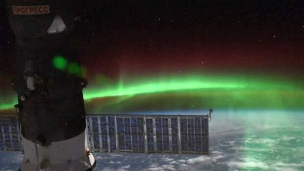 Эксперт рассказал, может ли полярное сияние появиться на Урале