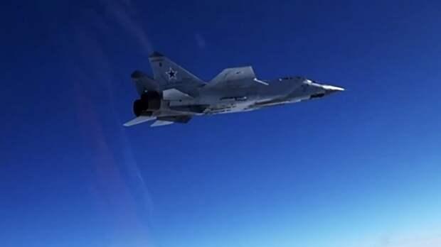 МиГ-31 сопроводил самолёт-разведчик США над Тихим океаном