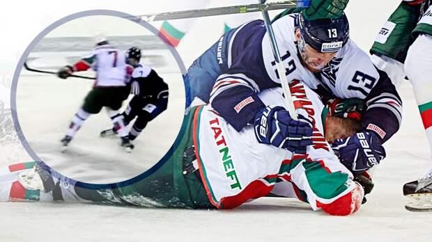Жуткая кровавая травма русского хоккеиста. Он не заметил 105-килограммового соперника, получив локтем в голову