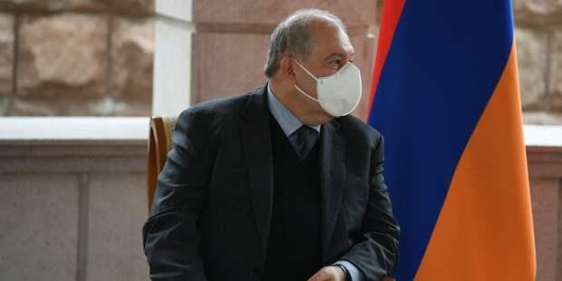 Президента Армении госпитализировали