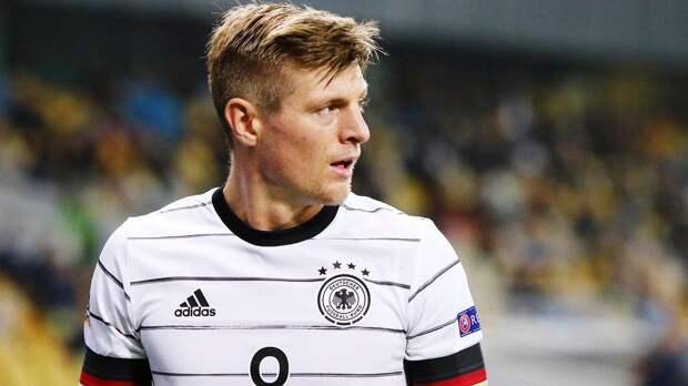 Кроос полностью вылечился от коронавируса и присоединился к сборной Германии