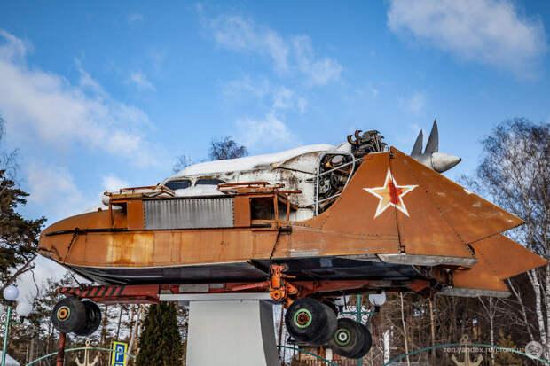 Поехал гулять, а нашёл супер фантастический агрегат из СССР