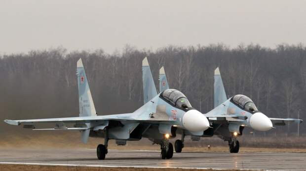 """Истребители ЗВО нанесли удары по наземным целям """"противника"""" на учениях под Краснодаром"""