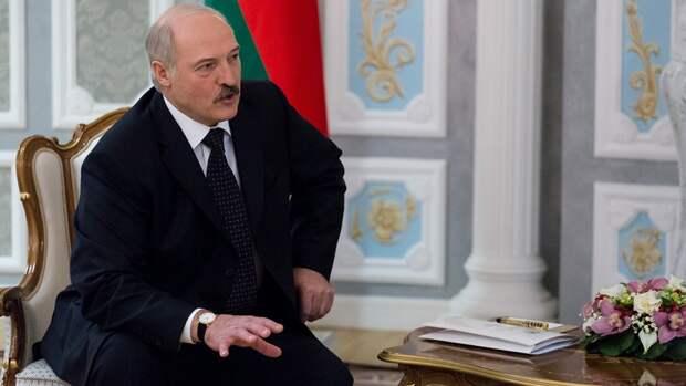 Лукашенко торговался с белорусским фермером и пытался выменять телочку