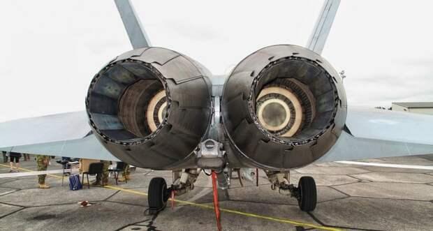 Два американских военных самолета рухнули в Тихий океан