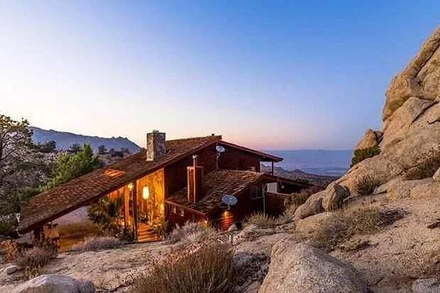 В США снова пытаются продать дом Фрэнка Синатры