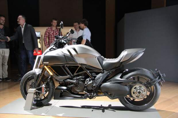 Ограниченная серия Ducati Diavel Titanium