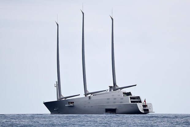 Огромные яхты иличные вертолеты: самые роскошные подарки миллиардеров женам