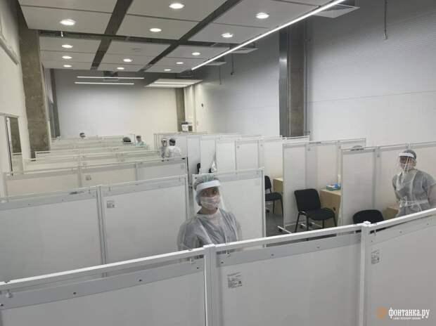 Тысяча проб за три часа работы. Роспотребнадзор открыл первые пункты для тестирования на коронавирус участников ПМЭФ