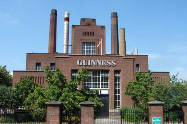 """Современный вид """"Пивоварни у ворот Святого Джеймса"""", производящей """"Гиннеесс"""" в Дублине"""