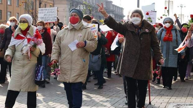 «Мудрые» белорусские пенсионеры вновь подрались с милицией