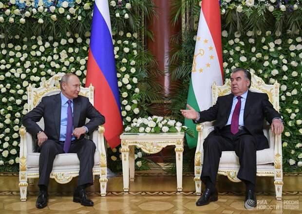 РФ укрепляет южные рубежи и выдавливает НАТО из Центральной Азии