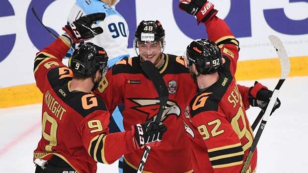 Форвард «Авангарда» Рид Буше обновил клубный рекорд по результативной серии в КХЛ