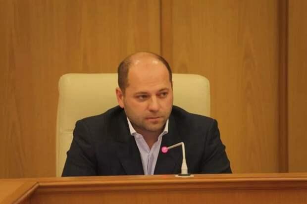 Депутат из Свердловской области задекларировал доход в четыре копейки