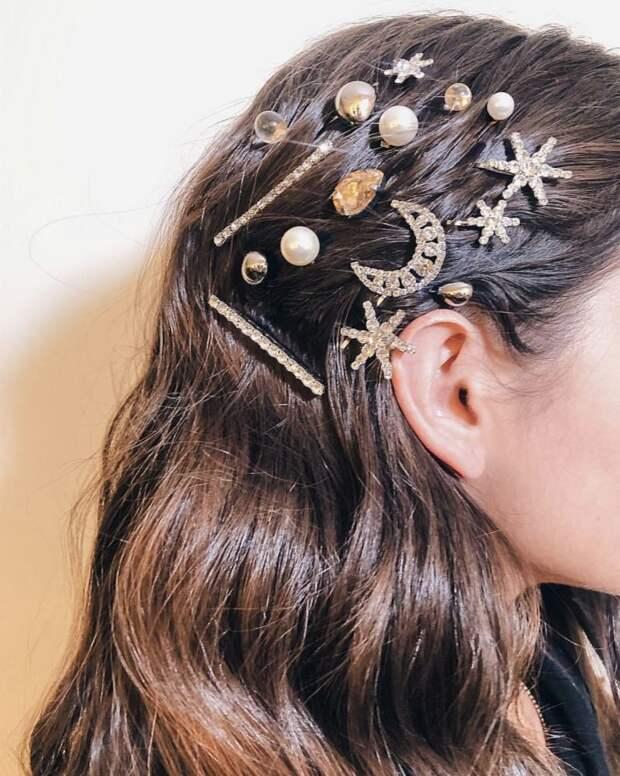 укладка волос с аксессуарами