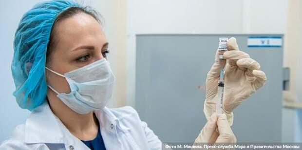 Собянин заявил об открытии записи на вакцинацию от COVID-19 для новых категорий граждан. Фото: М. Мишин mos.ru