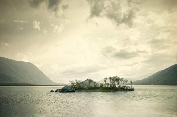 lonelyhouses15 Потрясающие дома, построенные вдали от цивилизации
