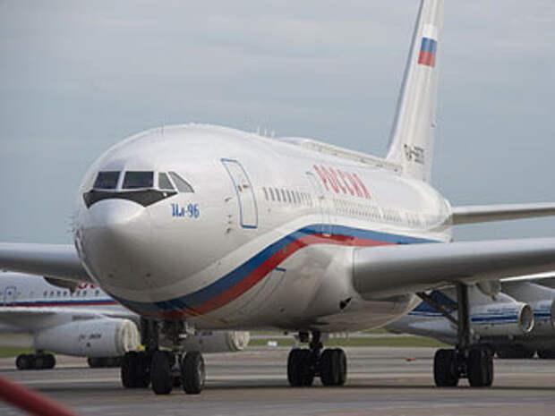 Целью украинской ракеты мог быть самолет президента России